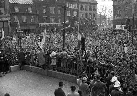 Photo célébrant la victoire de la Seconde Guerre mondiale